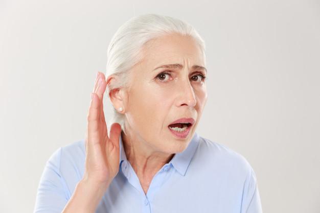 ear-disease-elderly-women